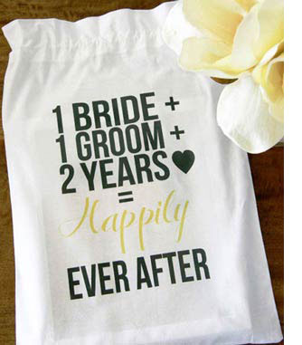 2nd Anniversary Gift Themes Unique Gift Ideas For Couples